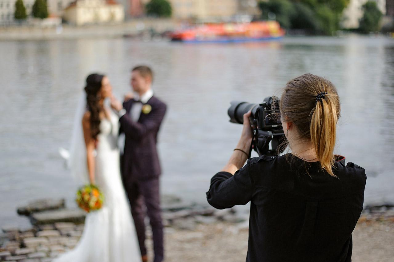 que faut il ajouter au contrat de photographe pour un mariage